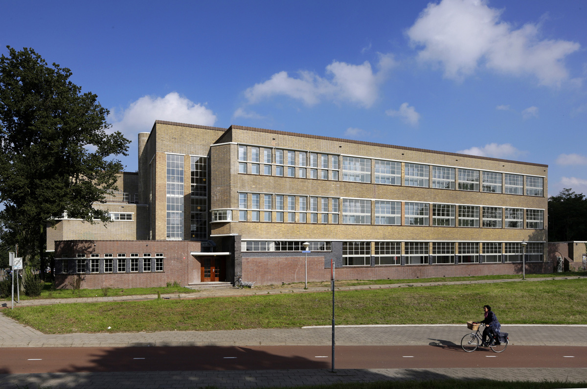 On(t)roerend monumentaal 12:  De ambachtsschool